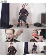 Bondage in Latex – Suited to Rubber