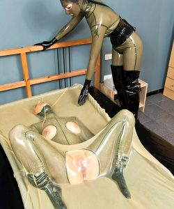 Vacuum Bed Bondage Games